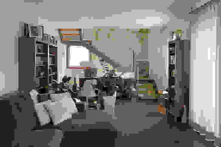 Salas de estar campestres por Studio Ecoarch Campestre