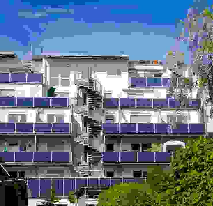 Solar panels as balcony parapet Modern Houses by Frey Gruppe Modern