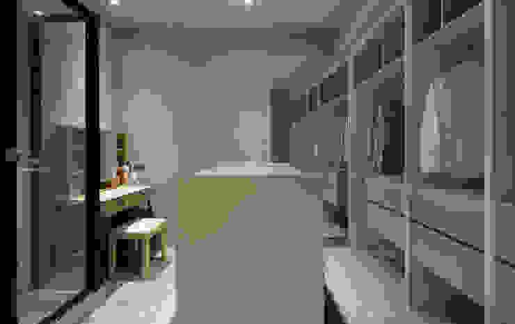 鏡面造成的視覺魔術 Minimalist dressing room by 磨設計 Minimalist