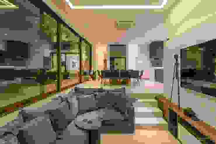 Padovani Arquitetos + Associados Minimalist living room