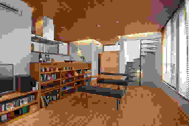 Modern dining room by (有)菰田建築設計事務所 Modern