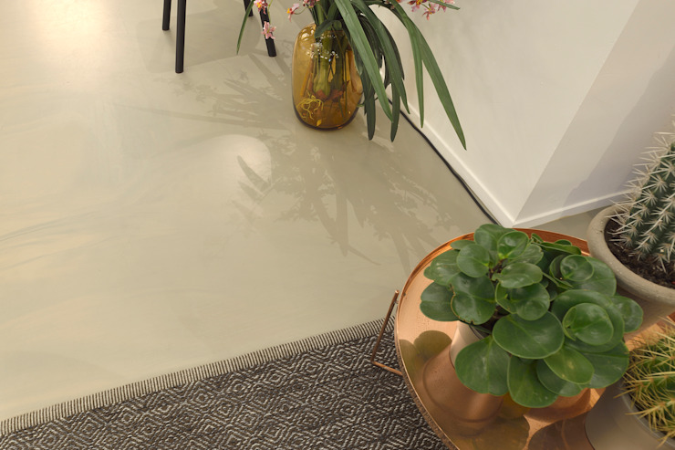 Livings de estilo moderno de Ode aan de Vloer Moderno Plástico