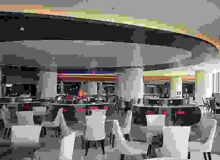 Khu vực nhà hàng bởi TRẦN XUYÊN SÁNG VẠN HOA Hiện đại