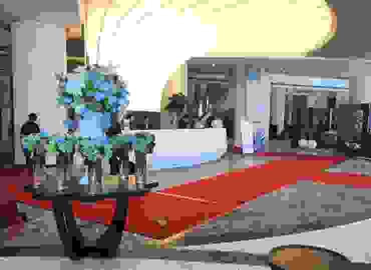Sảnh tiếp tân Khách sạn Mường Thanh Phú Quốc: hiện đại  by TRẦN XUYÊN SÁNG VẠN HOA, Hiện đại