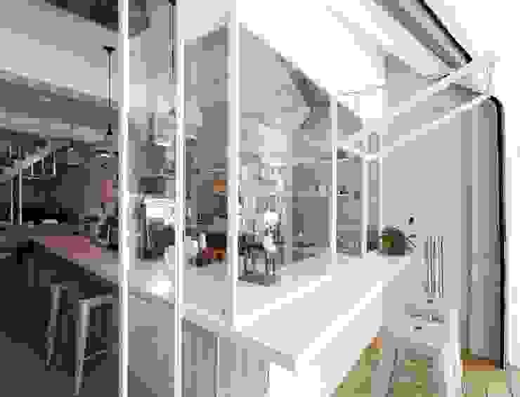 Urban Café 根據 築一國際室內裝修有限公司 簡約風