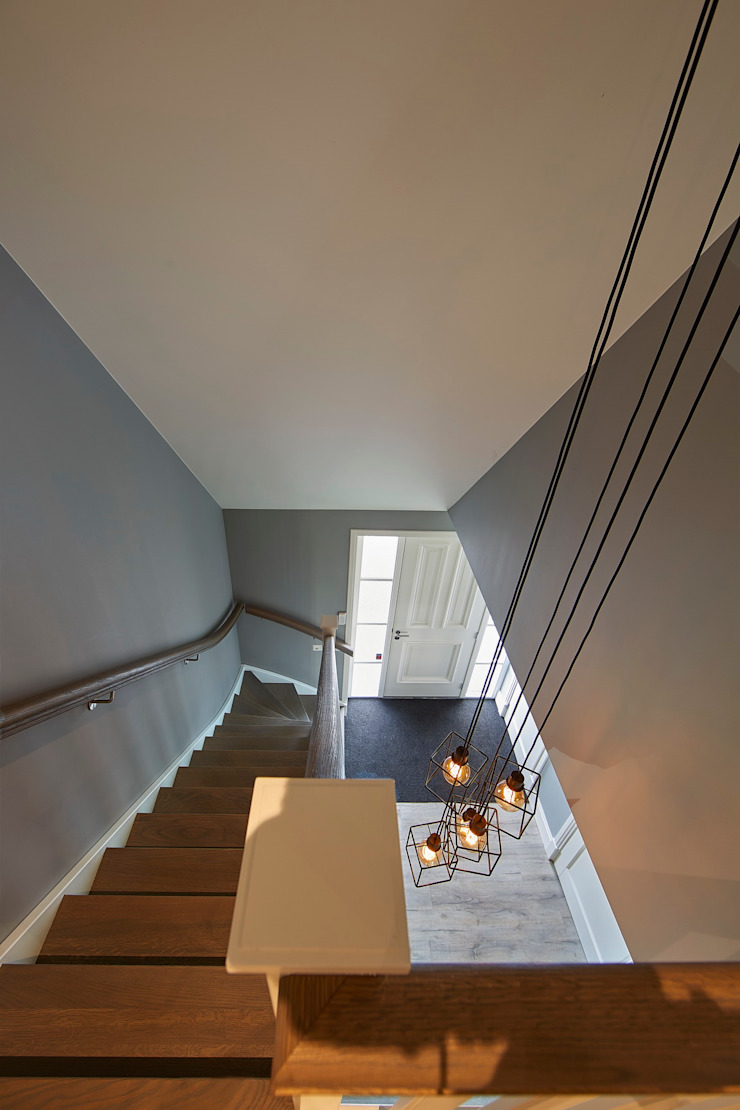 Landelijke woning Bleskensgraaf Landelijke gangen, hallen & trappenhuizen van Brand I BBA Architecten Landelijk