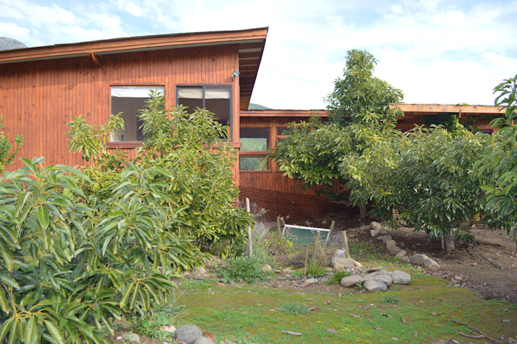 Casa Ecológica en Olmué Casas de estilo rústico de Nido Arquitectos Rústico