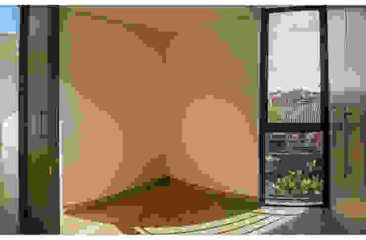 MULTIFAMILIAR INTERIOR 8 Habitaciones de estilo minimalista de ENSAMBLE de Arquitectura Integral Minimalista