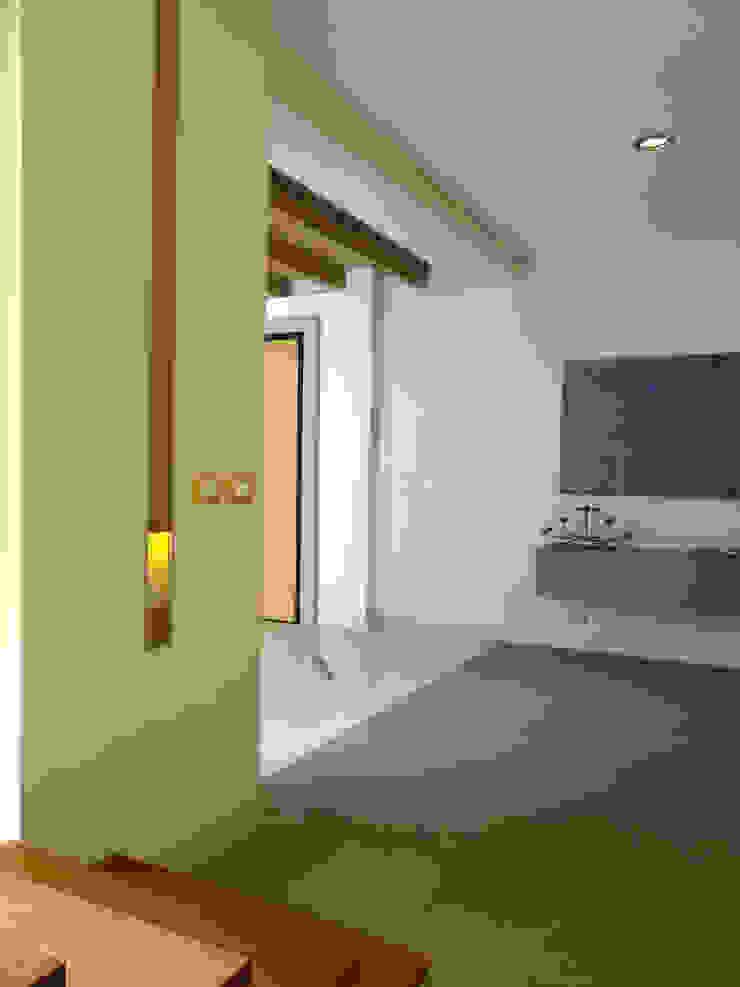 Luxury Sustainable Home | Santa Ana Costa Rica Aroma Italiano Eco Design Corridor, hallway & stairsLighting Wood Amber/Gold