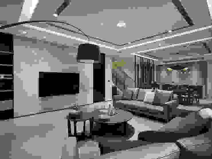 House D 鄧宅 现代客厅設計點子、靈感 & 圖片 根據 構築設計 現代風
