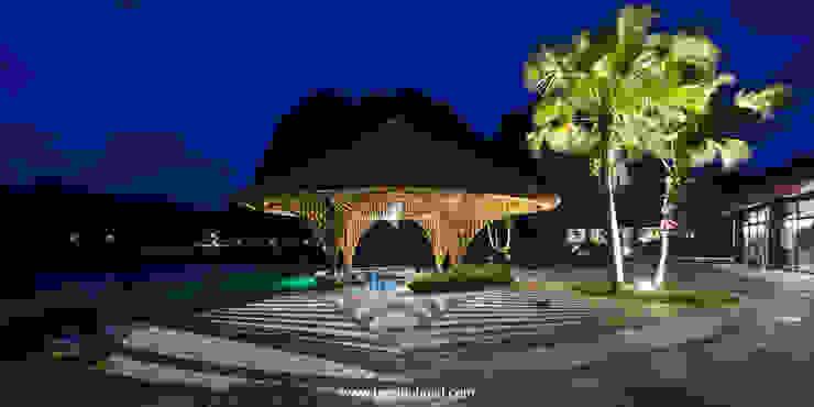 Bar hồ bơi Serena ( Serena Pool Bar) bởi BAMBU Hiện đại