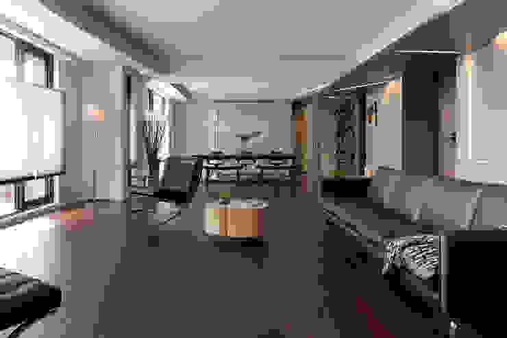 生命的光 Light of Life 现代客厅設計點子、靈感 & 圖片 根據 禾築國際設計Herzu Interior Design 現代風