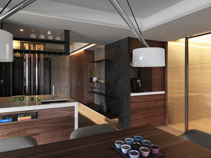 JJ HOUSE 现代客厅設計點子、靈感 & 圖片 根據 禾築國際設計Herzu Interior Design 現代風