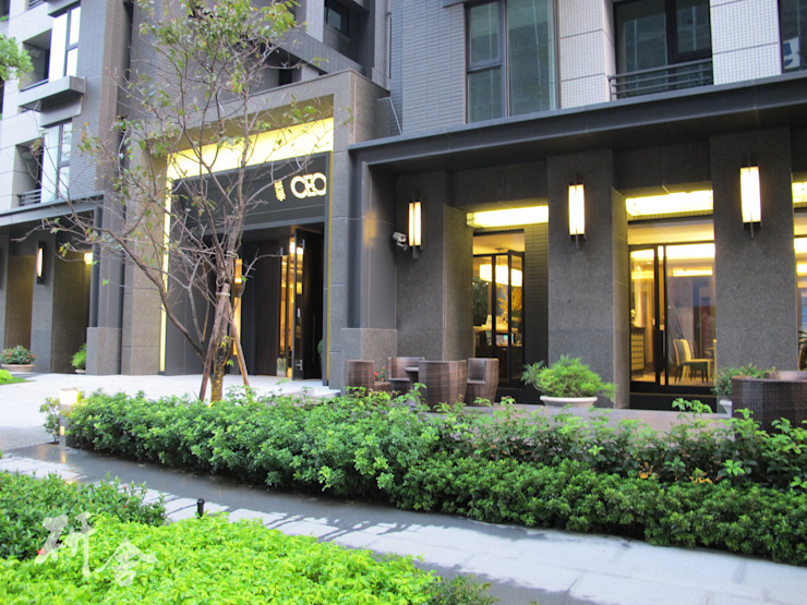 新北-美學CEO景觀及公設設計 現代房屋設計點子、靈感 & 圖片 根據 研舍設計股份有限公司 現代風
