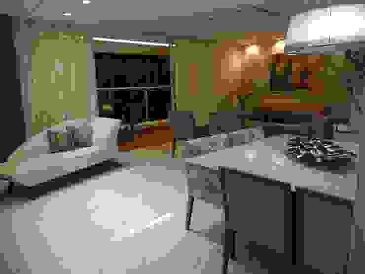 Modern dining room by Maiara Viana Ateliê de Arquitetura Modern