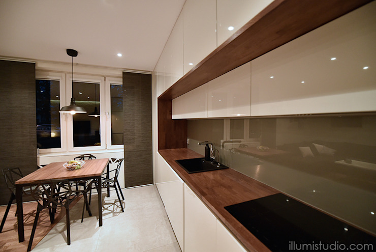 Modern Kitchen by ILLUMISTUDIO Modern
