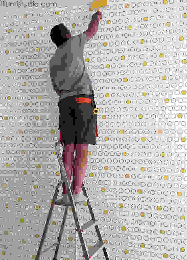 TAPETA zaprojektowana indywidualnie przez ILLUMISTUDIO od ILLUMISTUDIO Nowoczesny