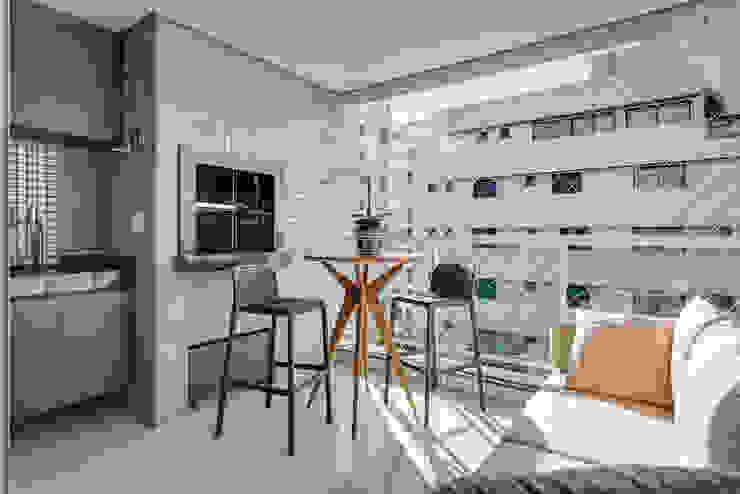 Balkon, Beranda & Teras Modern Oleh Ediane Tramujas Arquitetura Modern