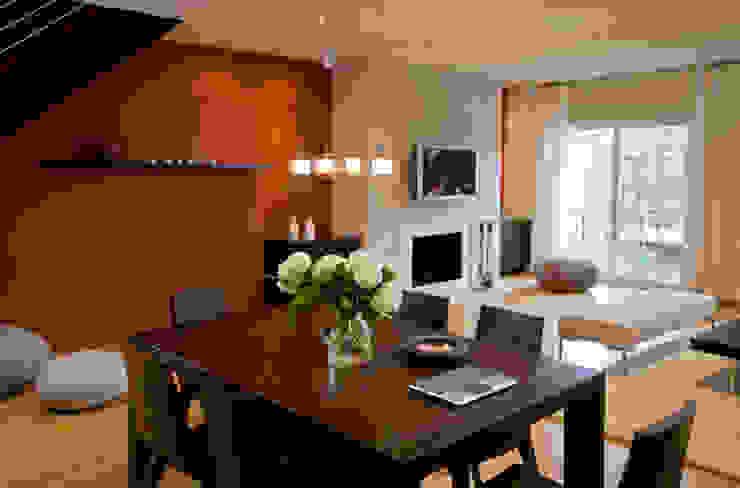 FORMA Design Inc. Salas de jantar modernas