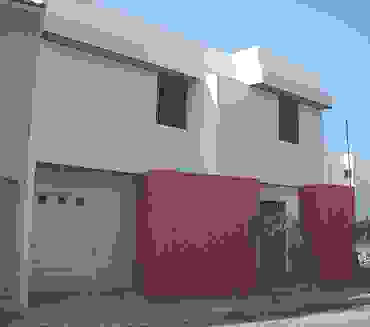 Casas de estilo moderno de escala1.4 Moderno
