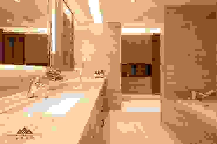 住宅空間大安區陳宅 現代浴室設計點子、靈感&圖片 根據 千屹設計有限公司 現代風