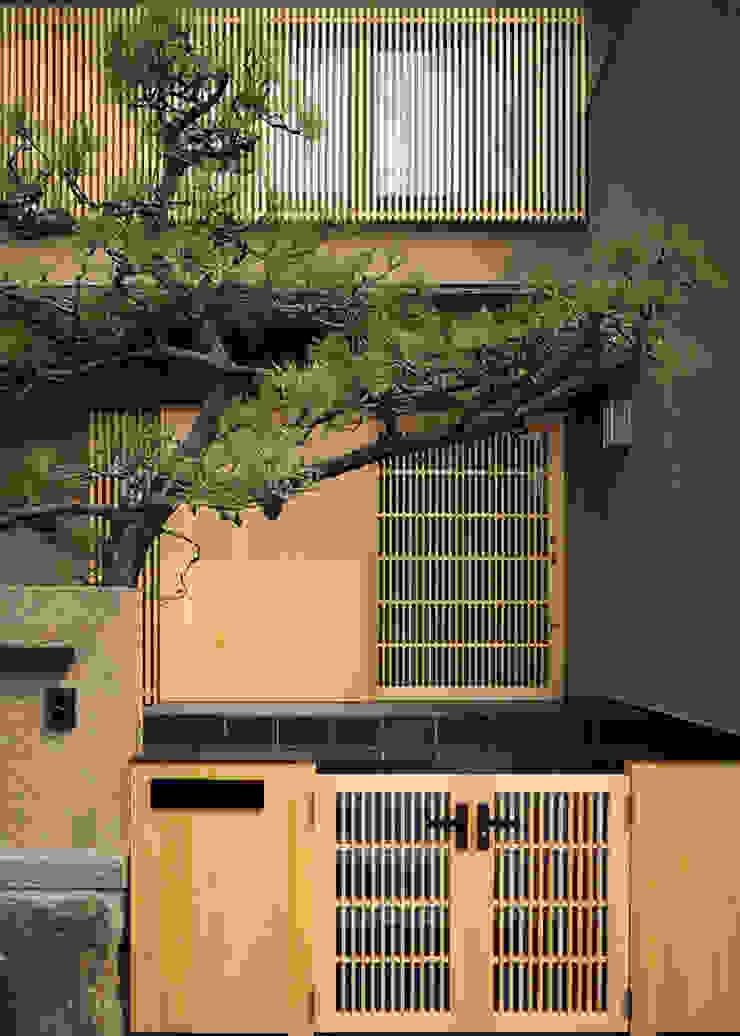 傳寶慶子建築研究所 Eclectic corridor, hallway & stairs