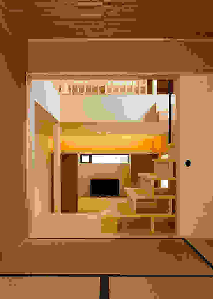傳寶慶子建築研究所 Eclectic style media rooms