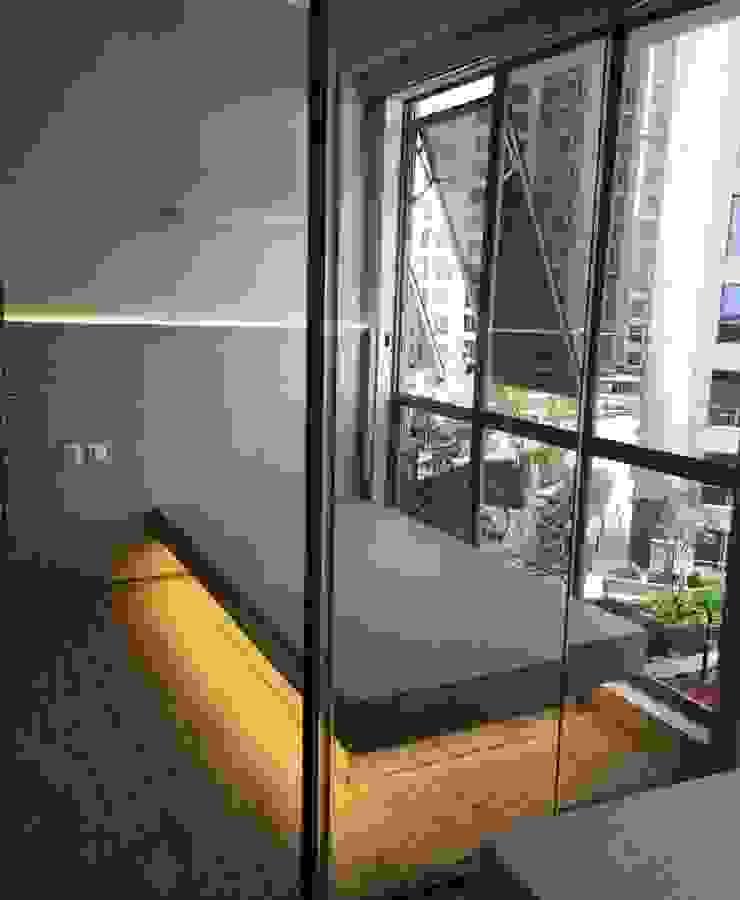 Small bedroom idea Kamar Mandi Gaya Asia Oleh aidecore Asia Kayu Lapis