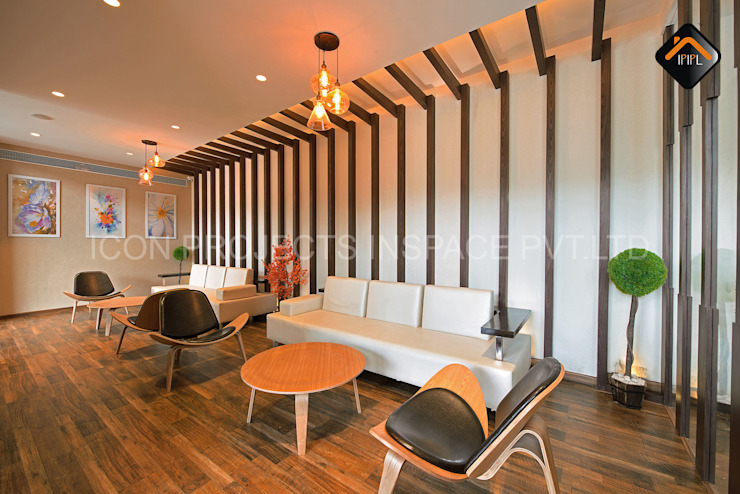 Waiting Lounge Modern bars & clubs by ICON PROJECTS INSPACE PVT.LTD Modern