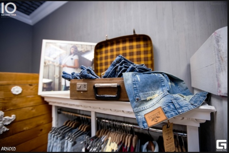 "Магазин "" Карман""2 Офисы и магазины в стиле лофт от Яна Васильева. дизайн-бюро ya.va Лофт"