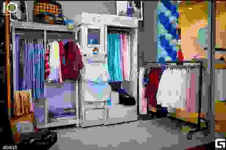 Магазин <q> Карман</q>2 Офисы и магазины в стиле лофт от Яна Васильева. дизайн-бюро ya.va Лофт