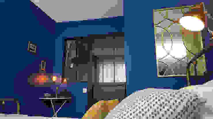 Un souffle de fraîcheur sur cet appartement du 19e: La chambre Joseph Vithaya Chambre moderne Bleu