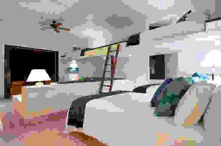 Recámara con literas foto de arquitectura Habitaciones juveniles Hormigón Blanco