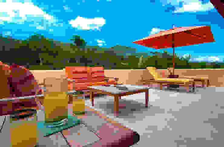 terraza para tomar el sol foto de arquitectura Balcones y terrazas de estilo tropical Hormigón reforzado Amarillo