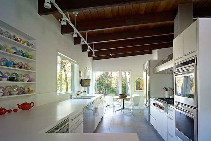 Paradise Lane, Litchfield County, CT Modern Kitchen by BILLINKOFF ARCHITECTURE PLLC Modern