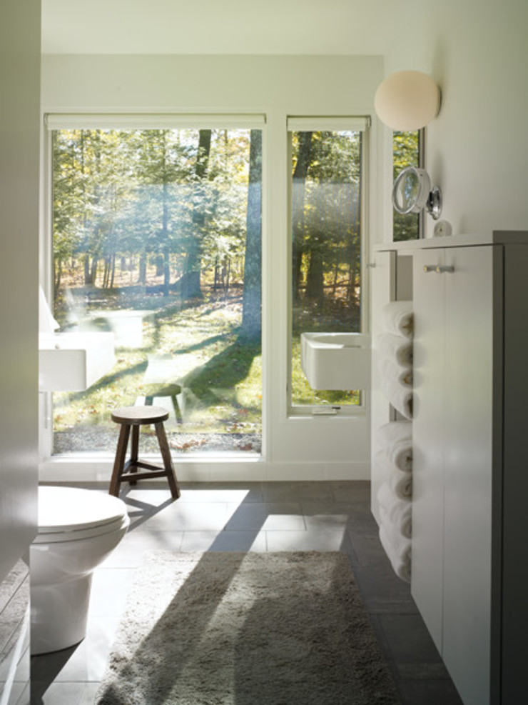 Paradise Lane, Litchfield County, CT Modern Bathroom by BILLINKOFF ARCHITECTURE PLLC Modern