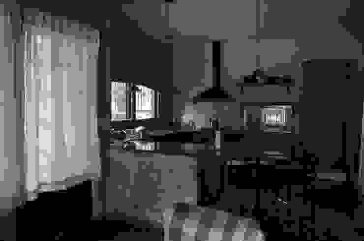 casa rural Cocinas rurales de Arq Andrea Mei - C O M E I - Rural
