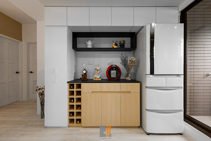 逸.居 現代廚房設計點子、靈感&圖片 根據 築川設計 現代風
