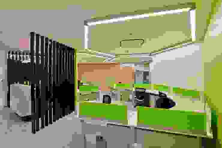 Front office Modern schools by Studio - Architect Rajesh Patel Consultants P. Ltd Modern
