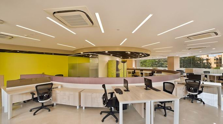 Faculty and Staff Room Modern schools by Studio - Architect Rajesh Patel Consultants P. Ltd Modern