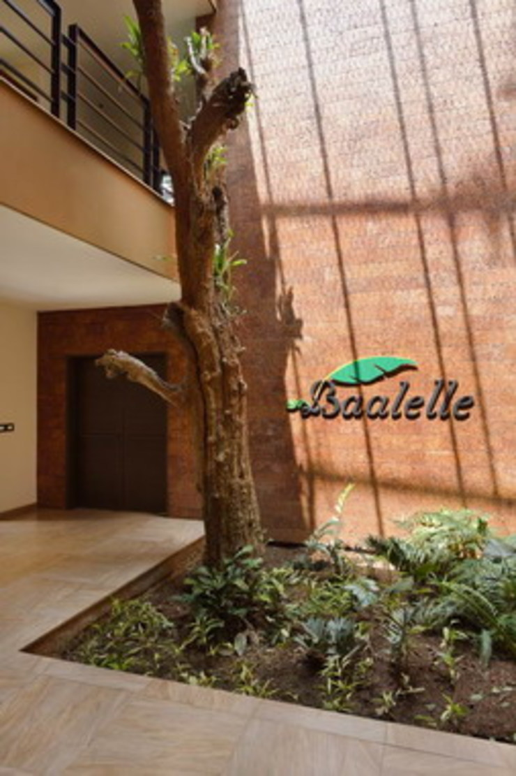 Baalelle Restaurant- Entrance Studio - Architect Rajesh Patel Consultants P. Ltd Hotels