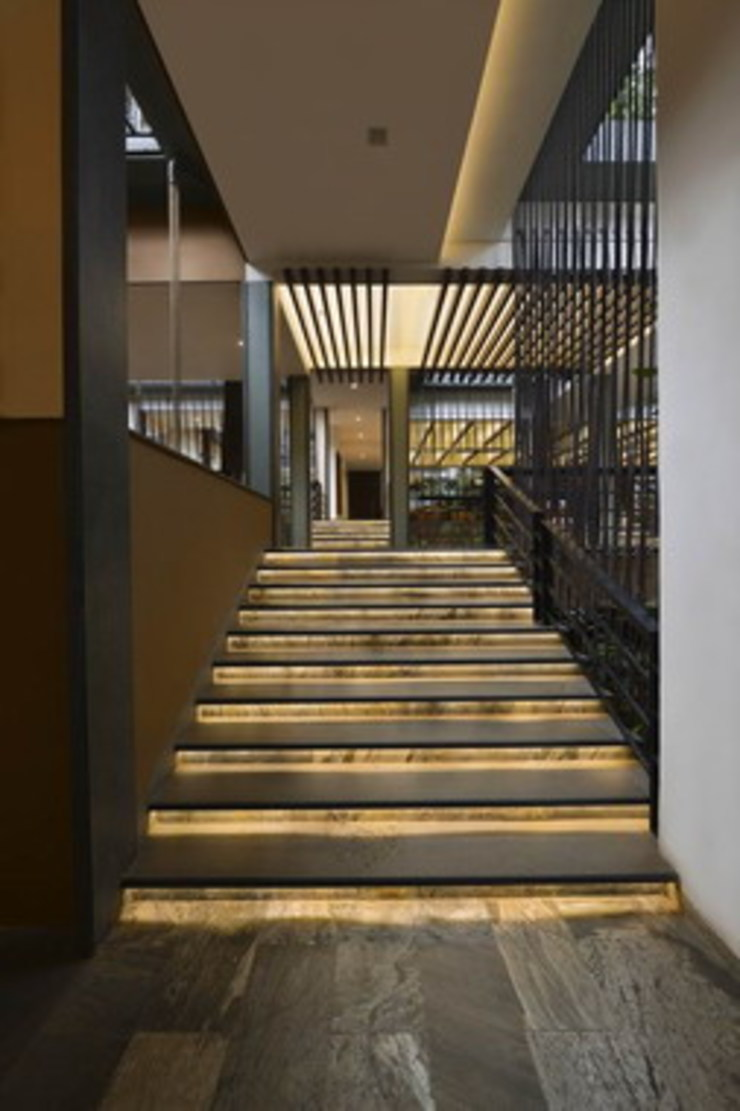 Pattole Palome- Staircase Studio - Architect Rajesh Patel Consultants P. Ltd Hotels