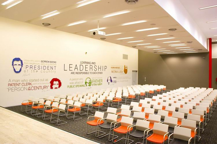 Leadership Hall Modern schools by Studio - Architect Rajesh Patel Consultants P. Ltd Modern