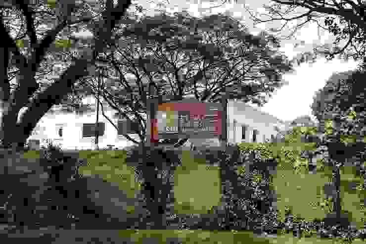 Name Board Modern schools by Studio - Architect Rajesh Patel Consultants P. Ltd Modern