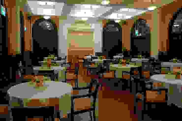 Cafeteria Modern schools by Studio - Architect Rajesh Patel Consultants P. Ltd Modern