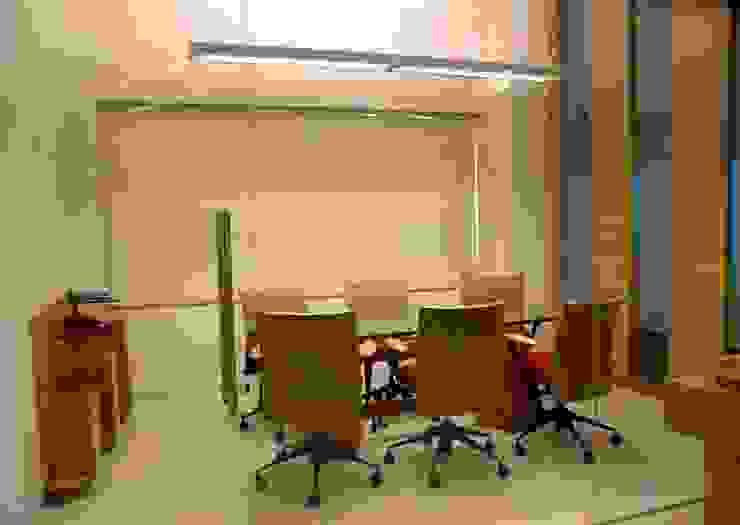 Conference Cubicle by Studio - Architect Rajesh Patel Consultants P. Ltd Modern