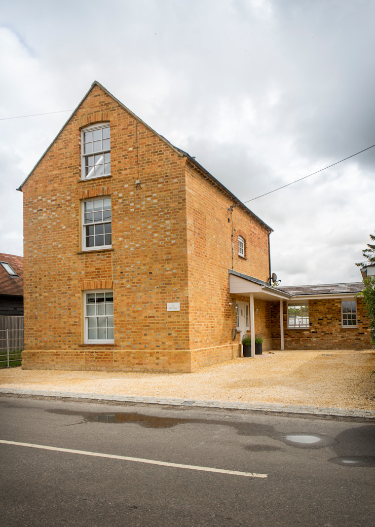 Mill house renovation and extension, Buckinghamshire HollandGreen Modern houses