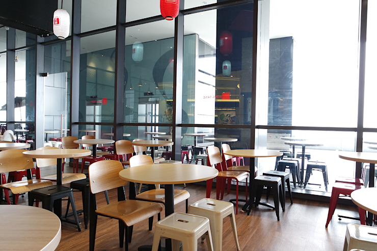 HONG TANG Baywalk Mall Pluit Ruang Makan Gaya Industrial Oleh Evonil Architecture Industrial Kayu Wood effect