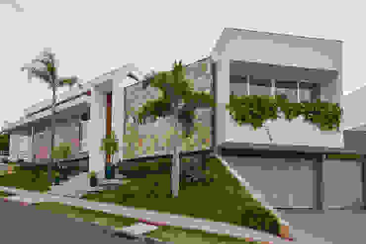 Будинки by grupo pr | arquitetura e design, Сучасний