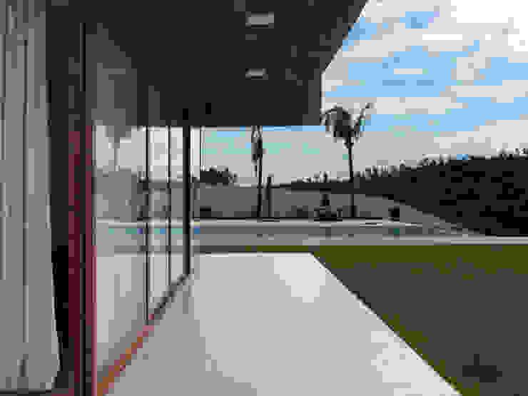 casa hc por grupo pr | arquitetura e design Moderno